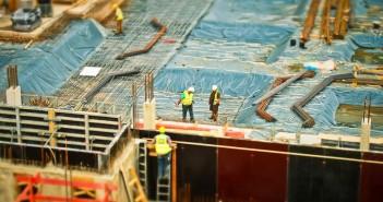 مسئولیت حقوقی مالک و کارفرما در ساخت و ساز چیست؟